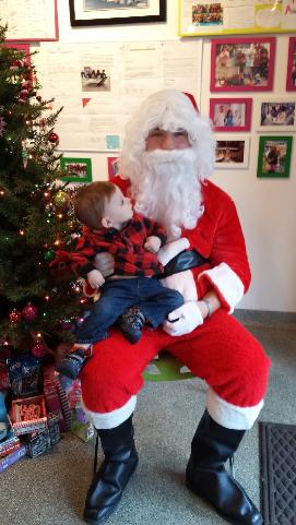 Santa Brings Christmas to Berry Yo 2014